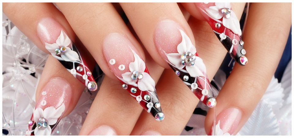 nails with flower pattern and jewels